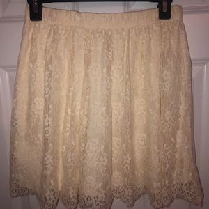 Brand new lace hollister skirt! Cream colored!